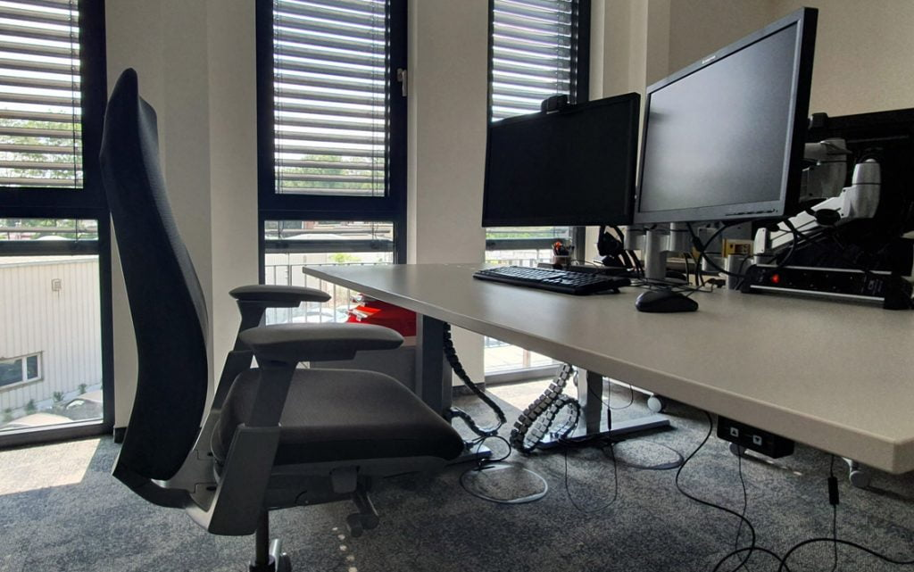 Netzlink Schreibtisch Desk